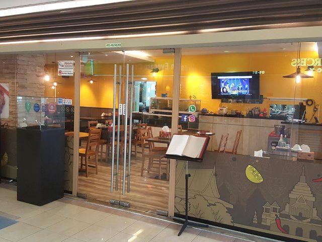 Golden Ocean Korean Seafood & BBQ 황금어장 회전문점(구 회랑고기랑)